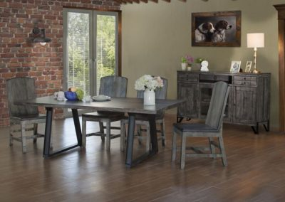 moro dining room table