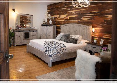 bedroom set & furnishings